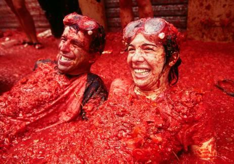 tomatina-festival-spain-bunyol-tomatoe-fight-7